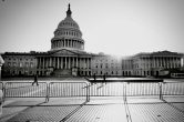 Capitol_deserted_Blockedoff