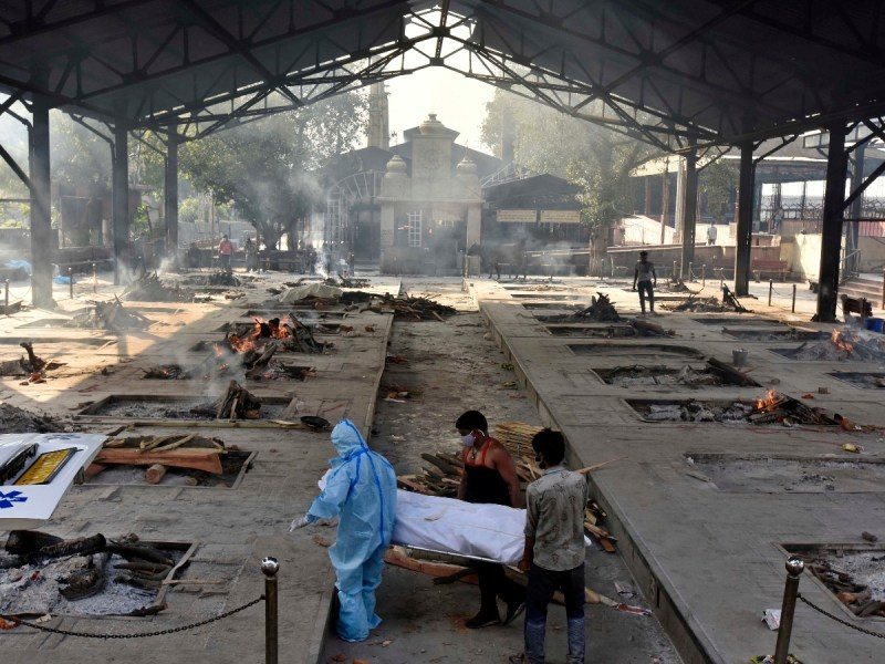 The body of a Covid-19 victim brought in at Nigambodh Ghat crematorium