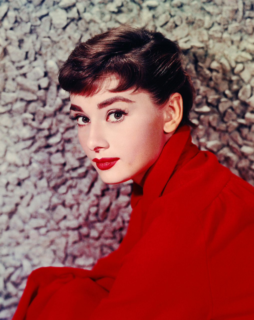 ca. 1954, USA --- Portrait of Audrey Hepburn in 1954. --- Image by © Sunset Boulevard/Corbis
