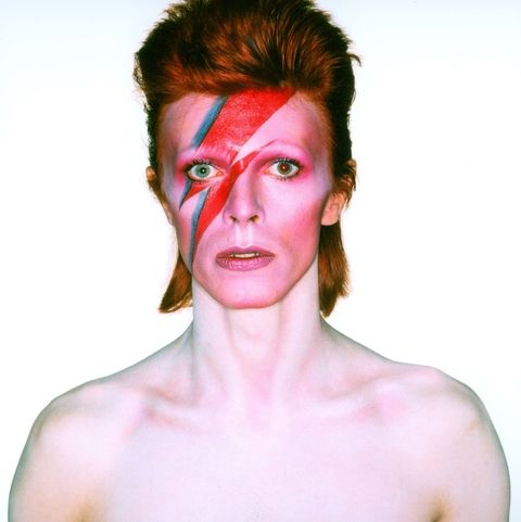 hbz-david-bowie-brooklyn-museum-album-cover-shoot-for-aladdin-sane-1973-1507140913