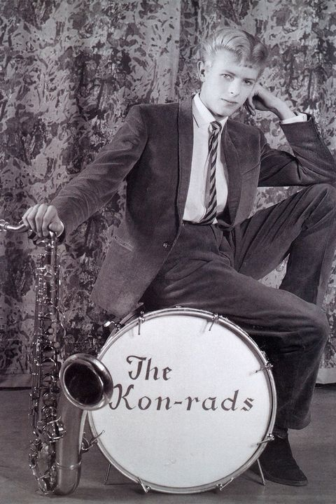 hbz-david-bowie-brooklyn-museum-publicity-photograph-for-the-kon-rads-1966-1507140913