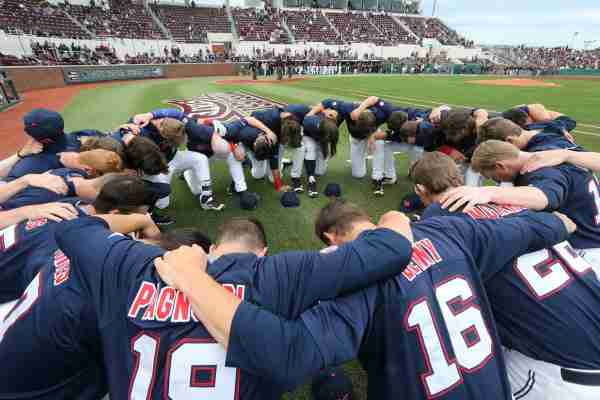 No. 5 Mississippi State defeats No. 12 Ole Miss 6-2 to take series lead