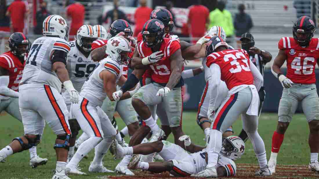 In a Nutshell: Ole Miss drops heartbreaker to Auburn, 35-28