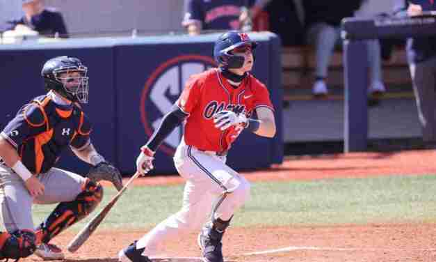 Baseball Edges Auburn to Clinch SEC Series Victory