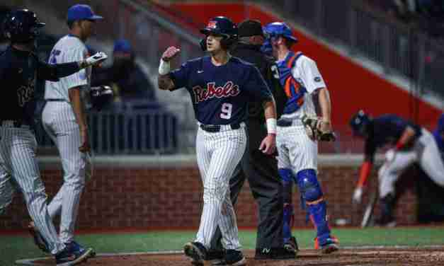 No. 3 Ole Miss drops series opener at No. 15 Gators, 4-1