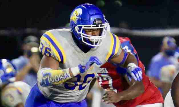 Tupelo 4-star defensive end Jacarius Clayton commits to the Rebels