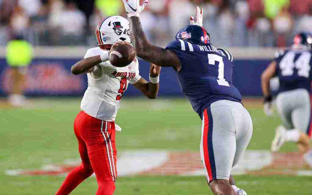 Ole Miss beats Austin Peay, 54-17, to move to 2-0