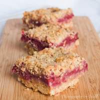Raspberry and Strawberry Oat Biscuits - TheRecipe.Website