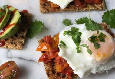 Poach the Perfect Egg - TheRecipe.Website