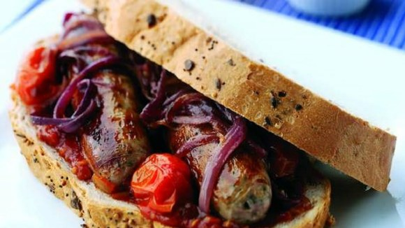 Sausage and Caramelised Onion Sandwich - TheRecipe.Website