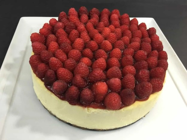 New York Cheesecake with Raspberry topping
