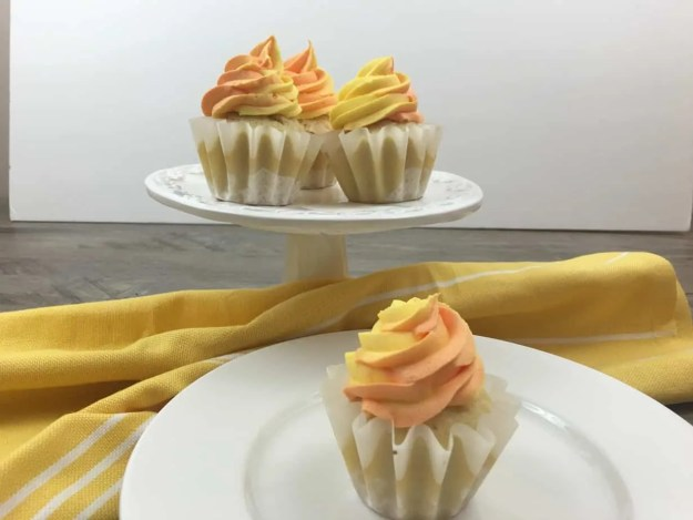How to make easy Vanilla cupcakes