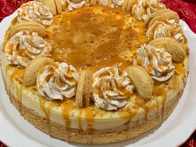 Rippled Cookie Butter Cheesecake
