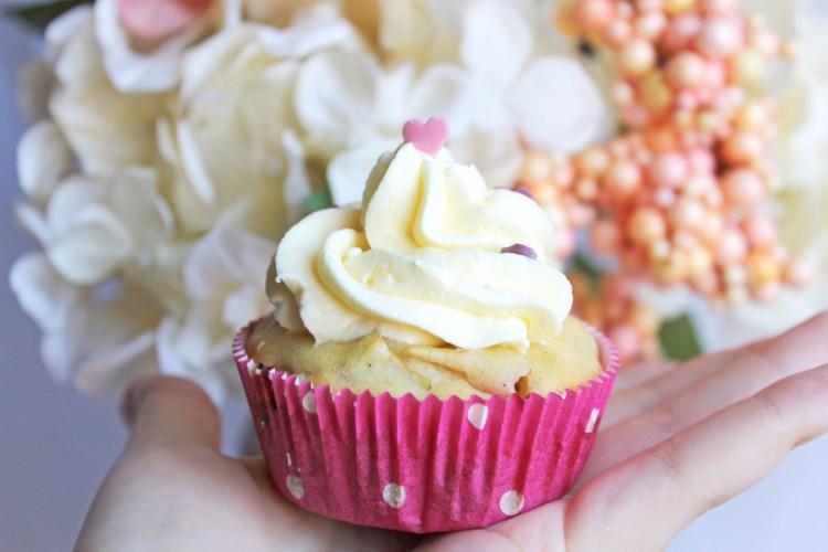 Rhabarber-Cupcakes Einzelaufnahme