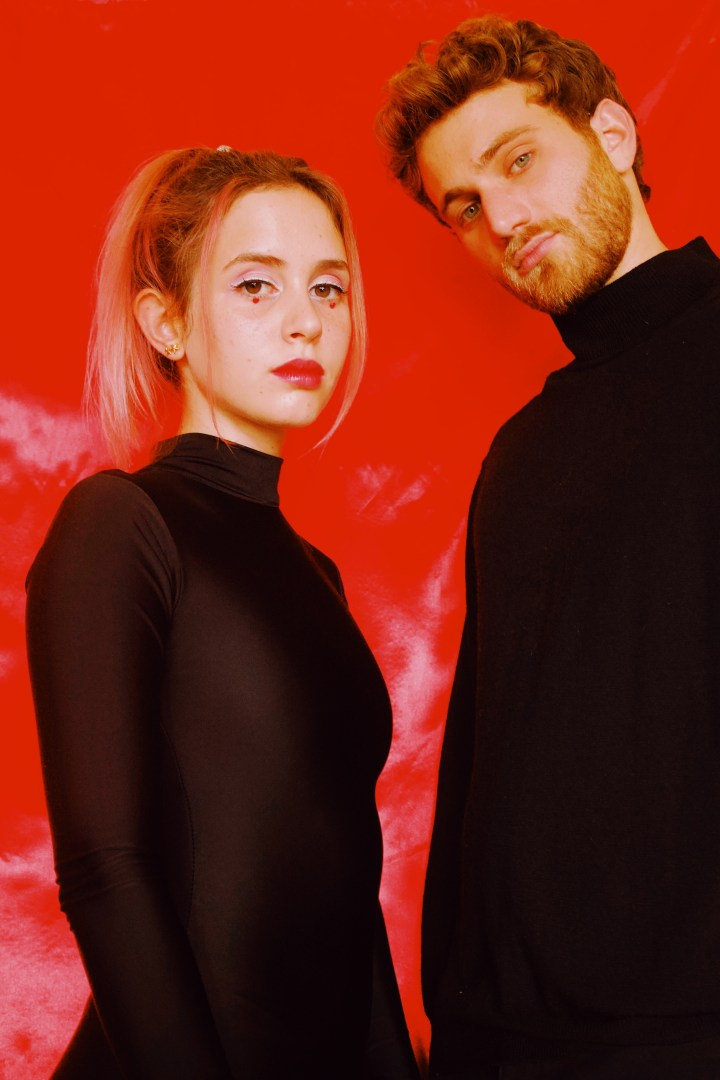 """ELECTRO-POP DUO MAGDALENA BAY RELEASE GLOSSY POP JAM """"OH HELL"""""""