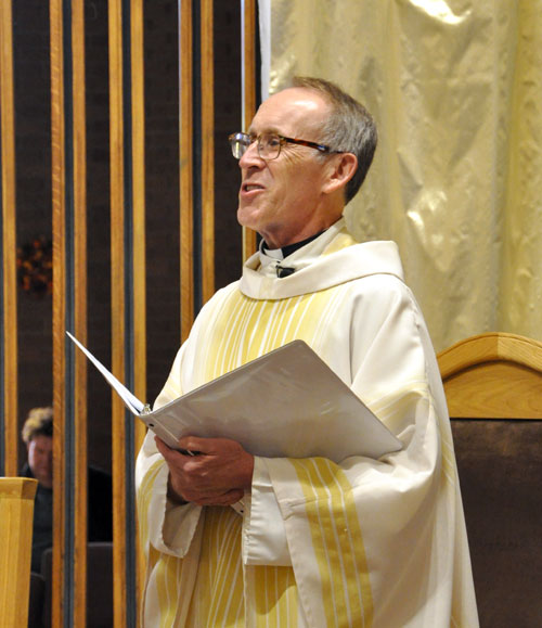 Parishes celebrate their closing liturgies | The Record