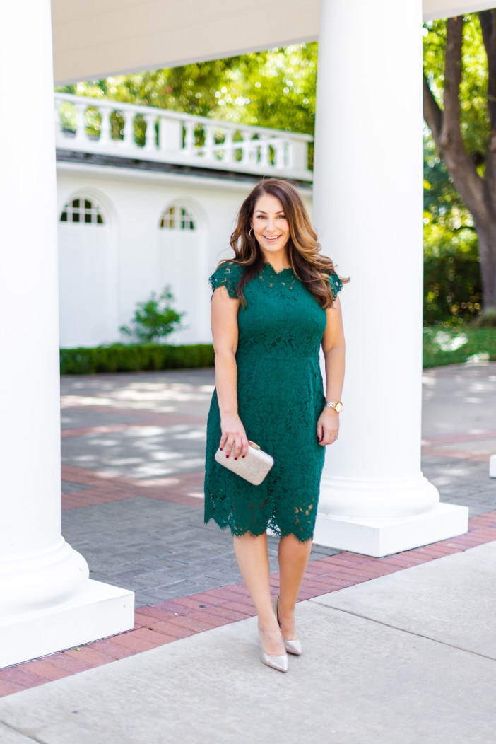 Amazon lace green dress perfect for a wedding, holiday party or gala. TTS, L #amazondress #lacedress #greendress #affordable