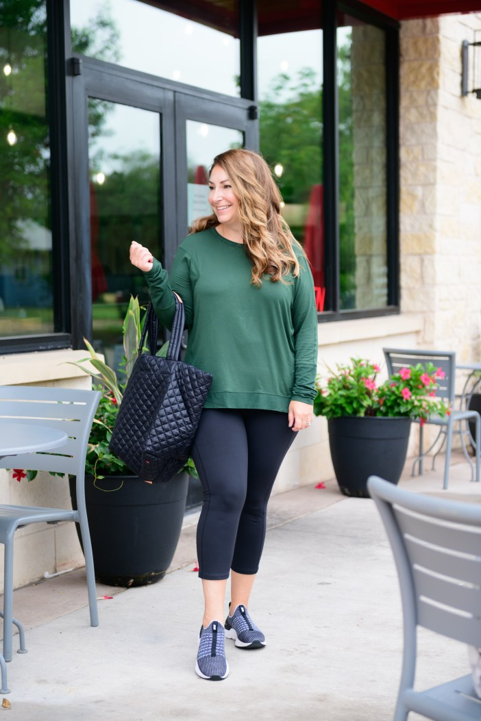 Women's Athleisure Outfits #athleisure #falloutfit #onthgo #greenpullover #blackleggings #tote #nordstrom
