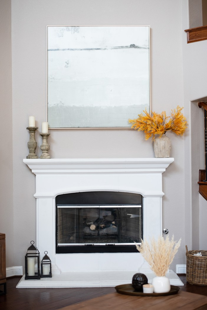 Fall home decor #falldecor #homedecor #mantledecor #decorationforfall #transitionalhomepieces #fireplacedecor