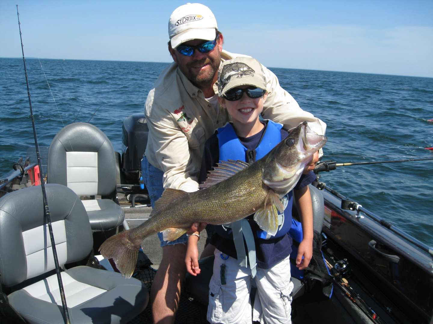 World Class Fishing Mille Lacs Fishing Vacations Red Door Resort