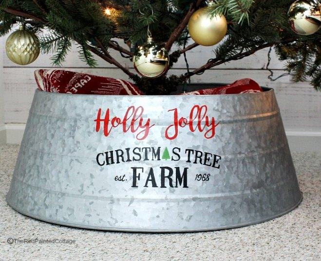 DIY Custom Painted Christmas Tree Collar