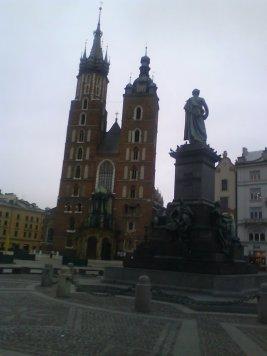 market-square-and-maskiewicz-monument