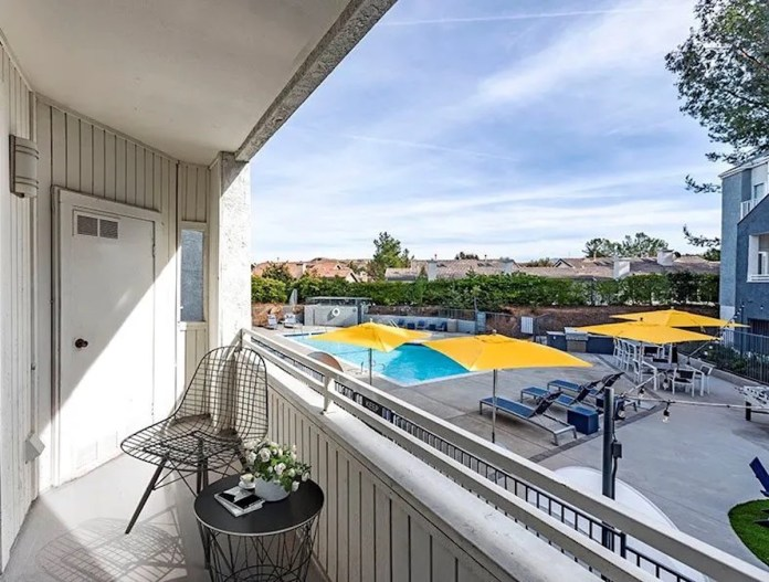 Santa Clarita, Institutional Property Advisors, Orange County, Los Angeles County, Westfield Valencia Town Center, Six Flags Magic Mountain, Golden Valley Ranch, Amazon, ABC, Apple