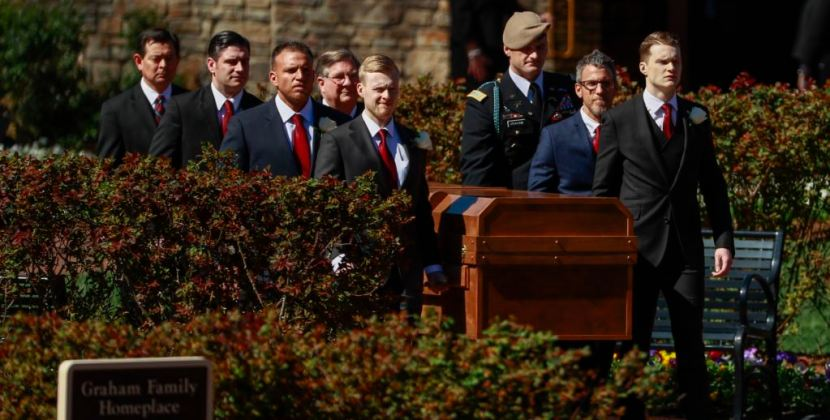 Reverend Billy Graham laid to rest in North Carolina