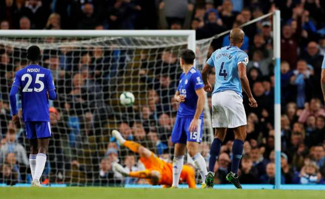 Manchester City top table after Vincent Kompany's remarkable goal