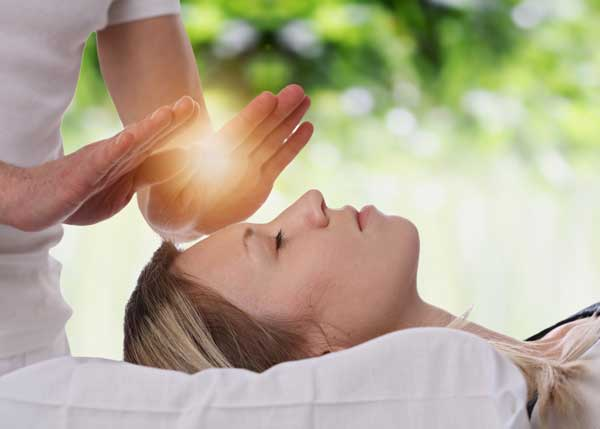 Experience the gift of a Reiki Session