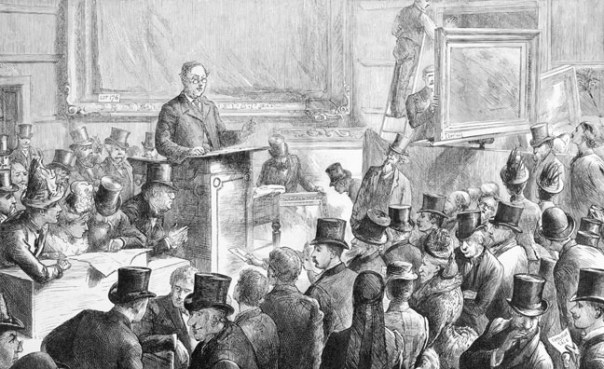 auctioneer-and-audience
