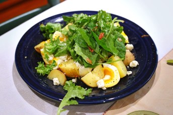 Potatoes with Soft Eggs and Bacon Viniagrette
