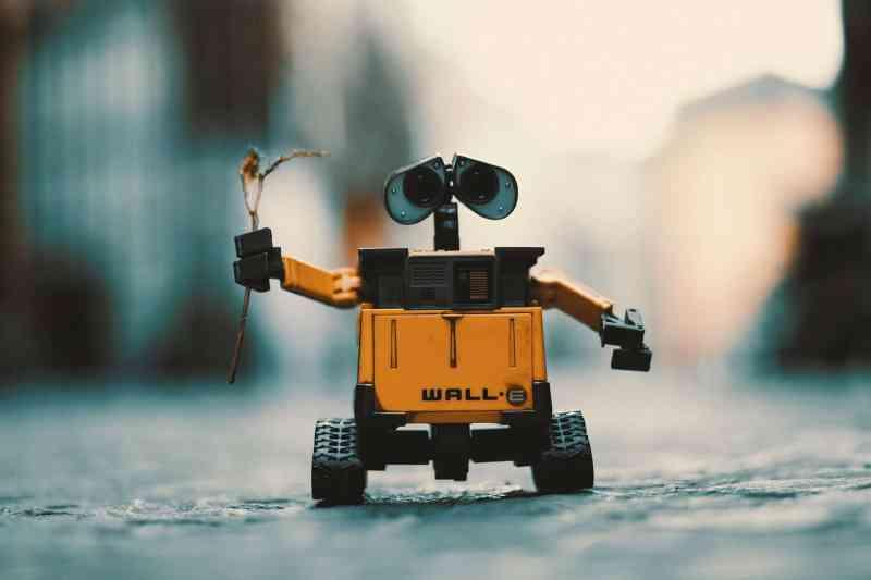 Study Tech Topics with Wall-E