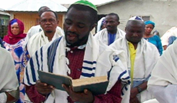 Igbo-jews-during-prayers