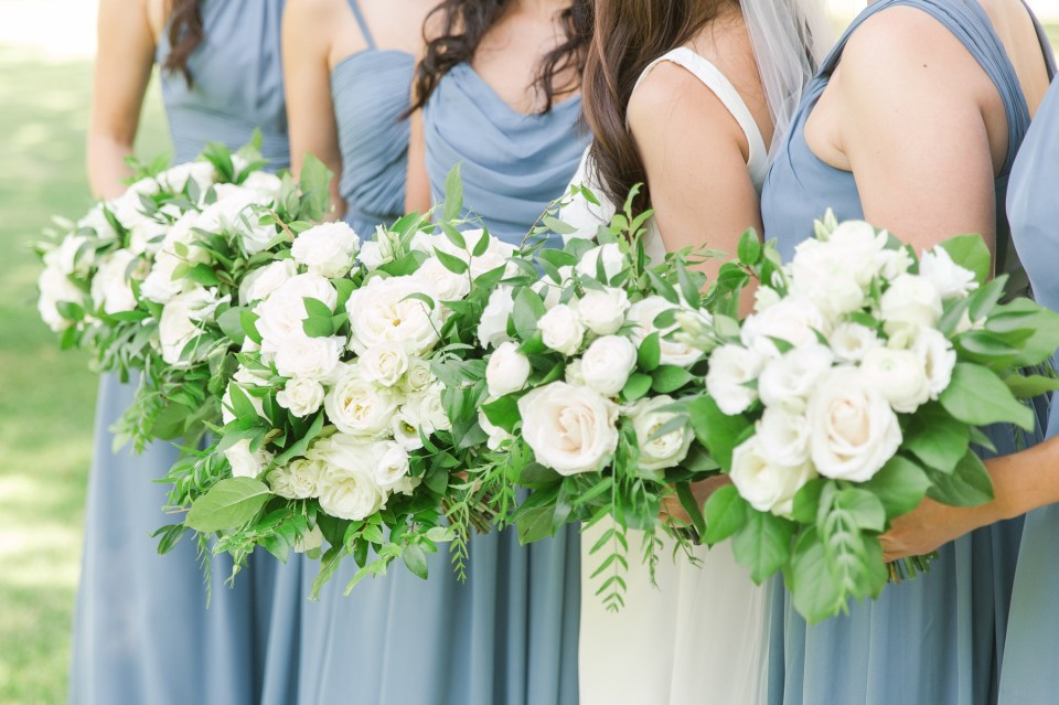 Lush classic wedding flower inspiration image