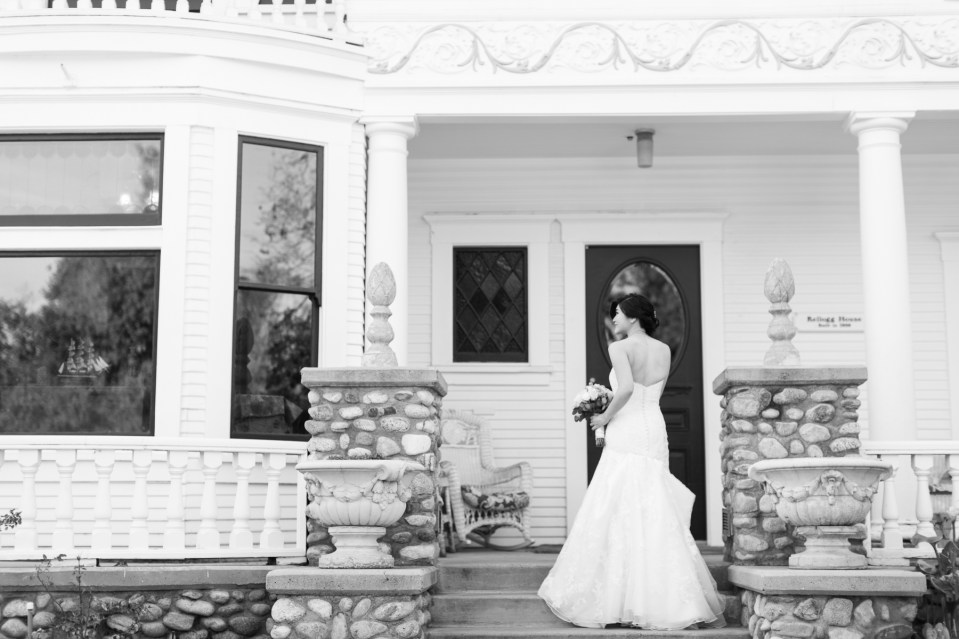 Bride in front of Kellogg House Orange County
