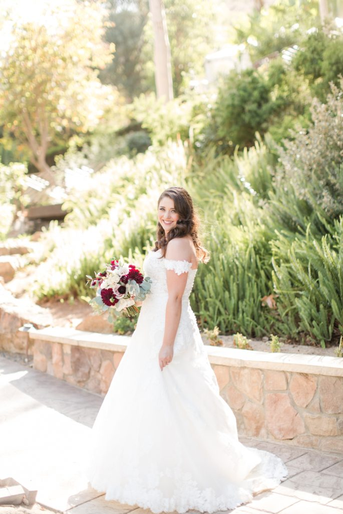 Bridal beauty tips for a sunning wedding day. Colorado wedding photographer Theresa Bridget Photography.