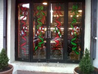 Christmas Windows on the edge of Harlem,110th Street ...