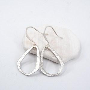 matte-silver-triangle-earrings