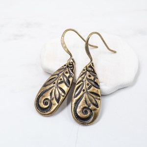 antique gold teardrop earrings