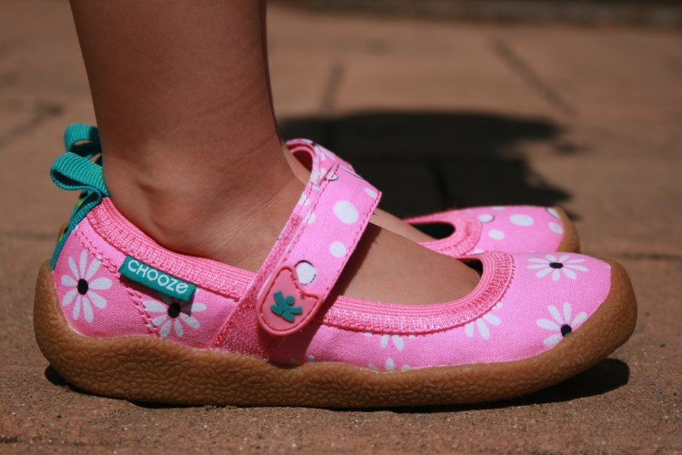 Chooze kids' pink shoes