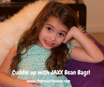Cuddle up with JAXX Bean Bags! 3 Activities Perfect for a Snow Day & JAXX Bean Bag Review - Theresa's Reviews - @jaxxbeanbags - www.theresasreviews.com