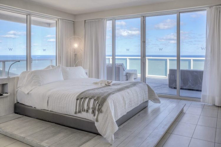 7 Labor Day Vacation Spots You'll Love - Photo credit: W Fort Lauderdale Beach Resort - Found on www.theresasreviews.com