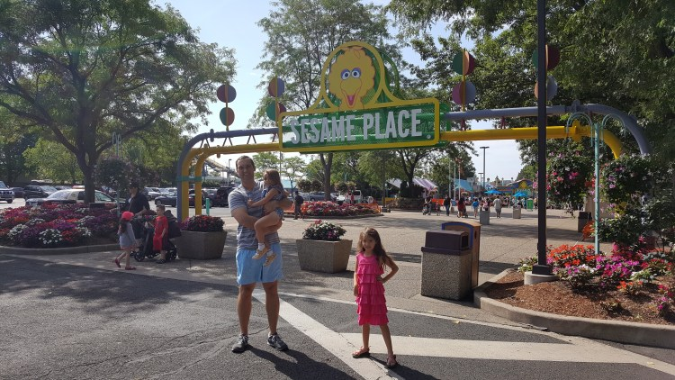 Peaceful Weekend Getaway In Bucks County, Pennsylvania - Visiting Elmo And Friends At Sesame Place - Found on www.theresasreviews.com