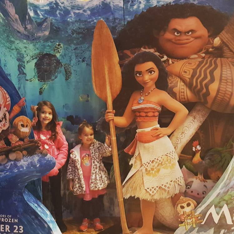 Disney Animation's Moana In 3D (& Free Activity Sheets) - Theresa's Reviews