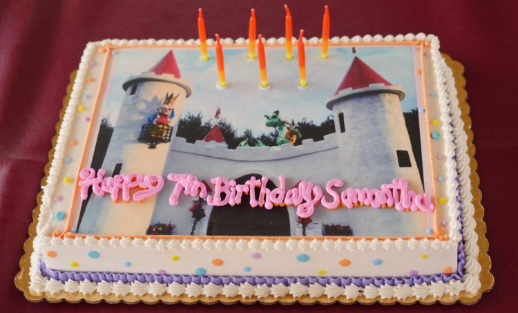 Ordering a sheet cake with an edible image from Touche Touchet made the dessert extra special.