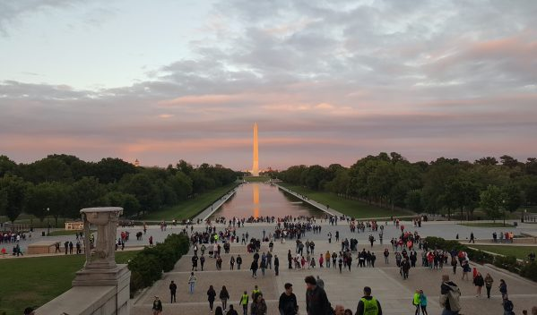 Theresa's Reviews shares How To Take An Inexpensive And Kid-Friendly Day Trip To Washington DC