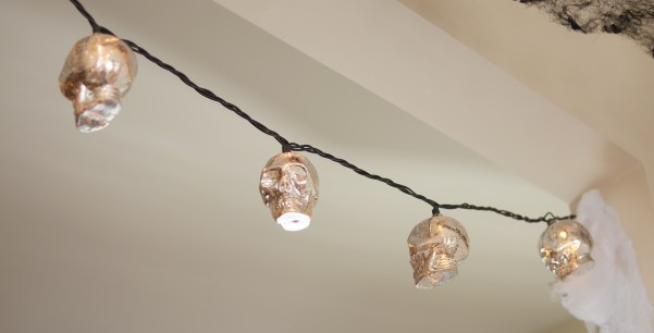 A close up photo of the Decorative Skull String Lights. Theresa's Reviews