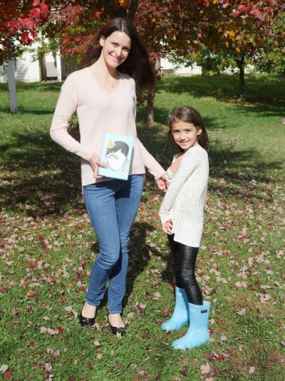 Theresa's Reviews with 'Wonder' book and #ChooseKind boots