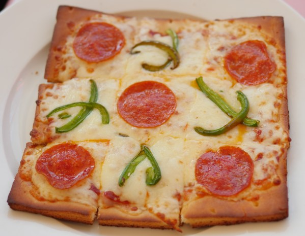 American Girl Cafe & Hair Salon Experience - Tic Tac Toe Pizza - Theresa's Reviews